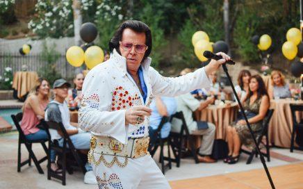 Elvis teemajuhlissa