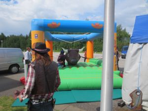 wild west teemajuhlat ja rodeo peli