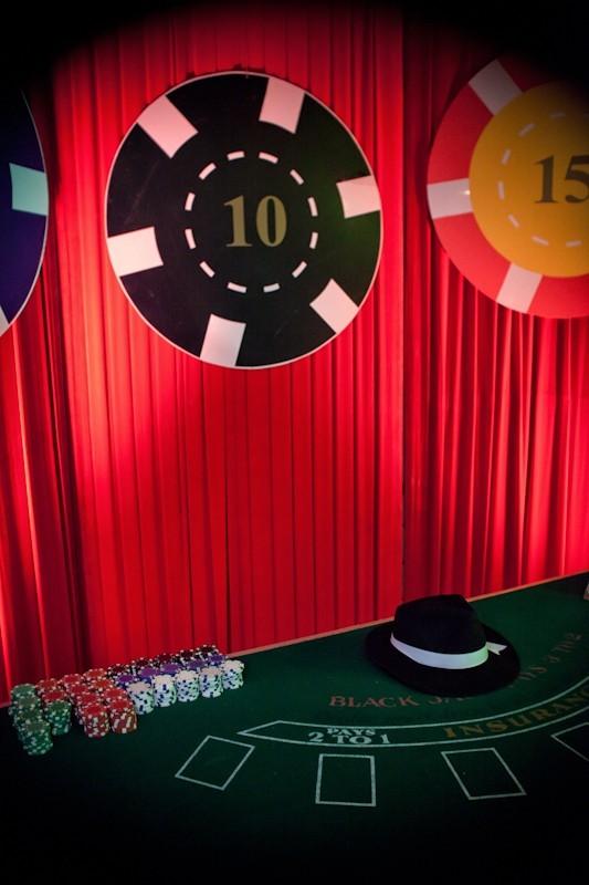 Black jack pelipöytä kasino teemajuhlista