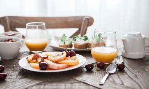 Aamiainen (kokous) (Juhlatila M6)