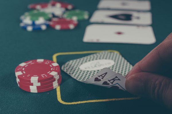 Pokeri, ruletti, black jack